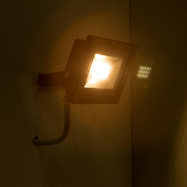 LED Scheinwerfer Flutlicht Fluter Projektlicht BT6010 15 SMD – Bild 3