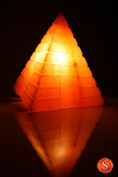 Salzlampe Pyramide, 1307,  inkl. Elektrik, Salzkristall Lampe Salzlampe Himalaya Salzleuchte  – Bild 1