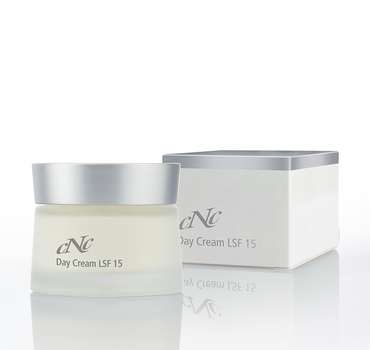 CNC Cosmetic White Secret Day Cream LSF 15 - 50ml