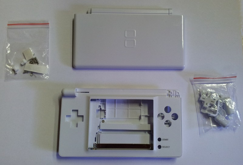 case in white for NDS Lite