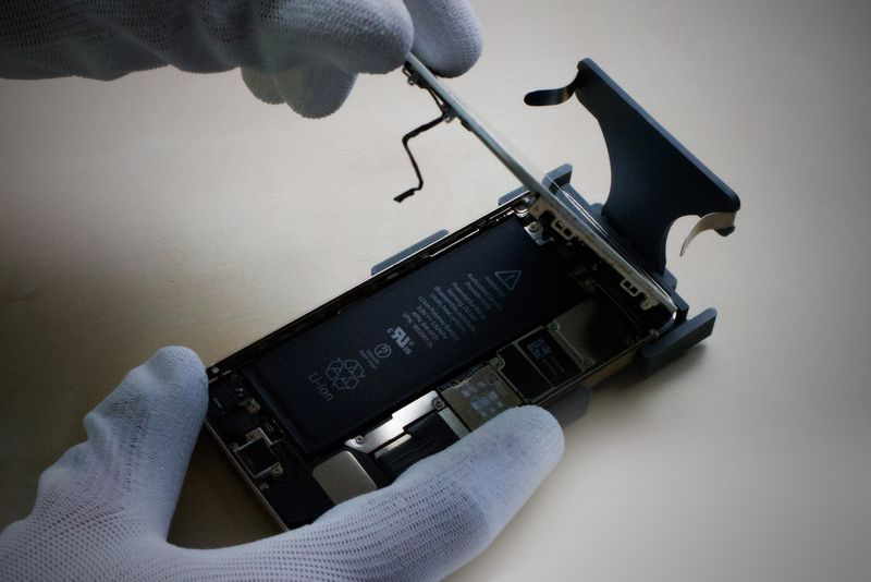 iHold iPhone 6 repair tool – Bild 7