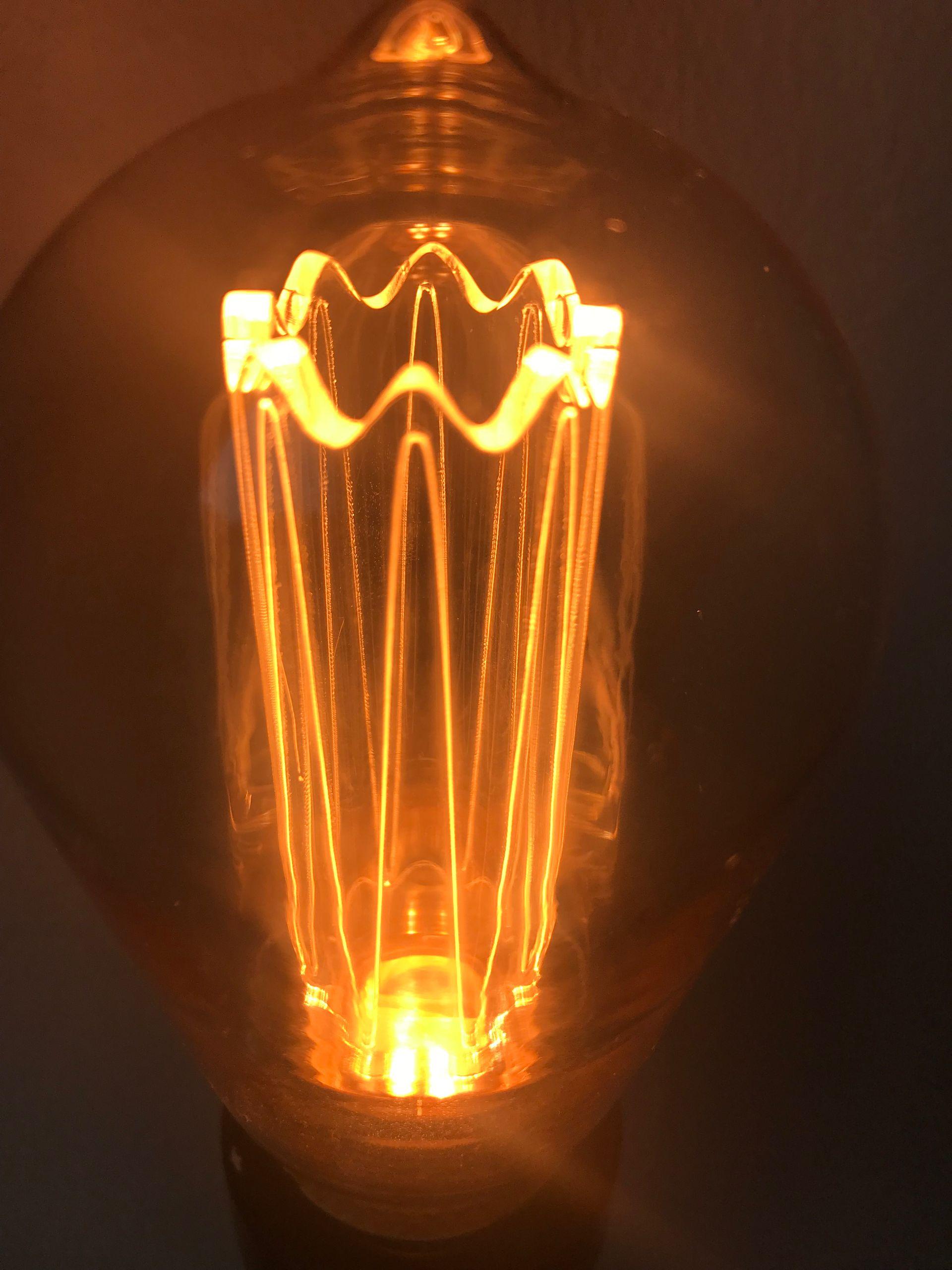 vintage design led lampe zur stimmungsbeleuchtung e27 a60 edison gl hbirne 2w 65lm 1800k extra. Black Bedroom Furniture Sets. Home Design Ideas