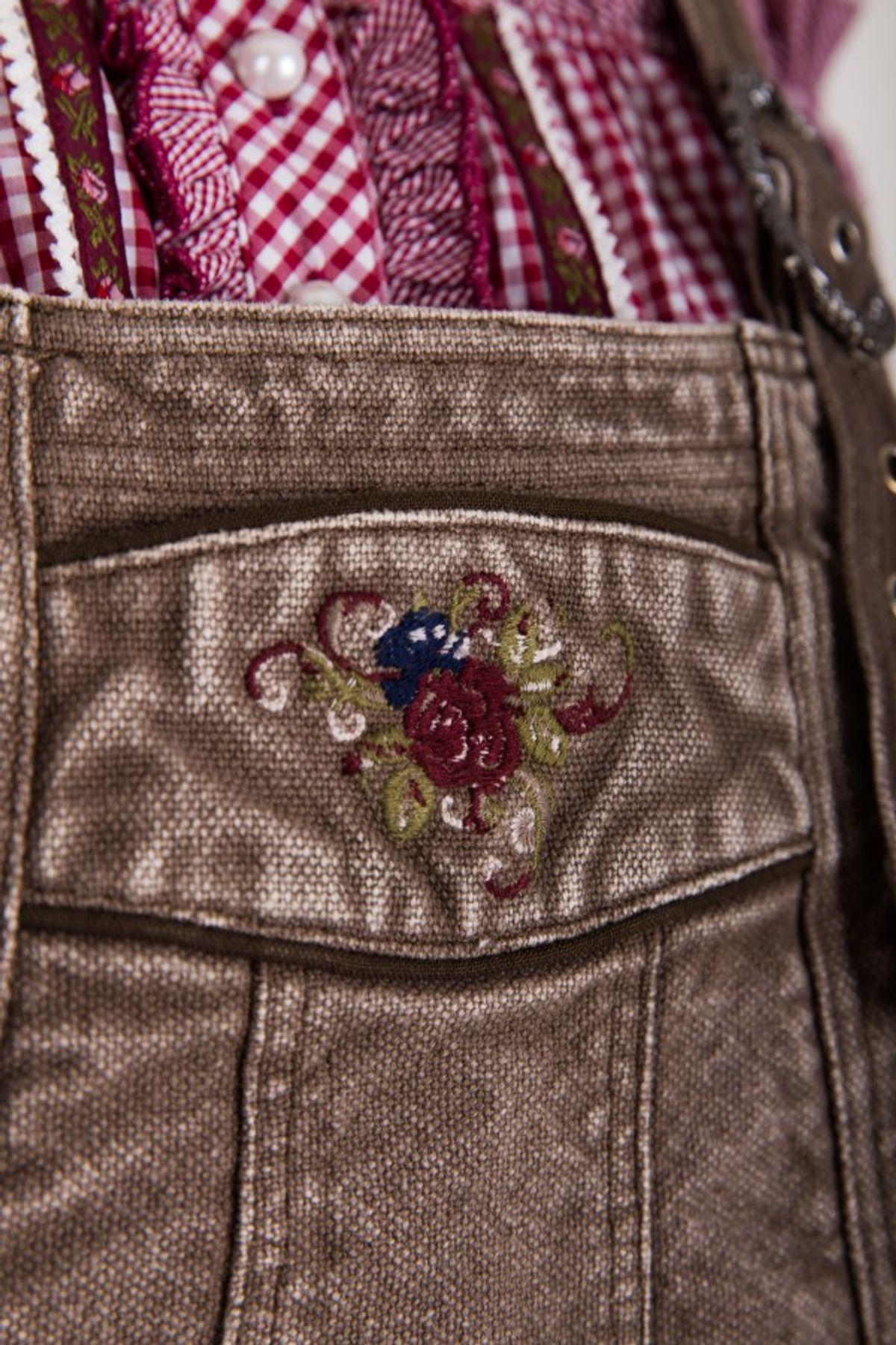 Krüger - Damen Trachtenlatzhose in braun/rot (33362-790) oder braun/blau (33362-733), Fleur De Rose Rot  – Bild 4