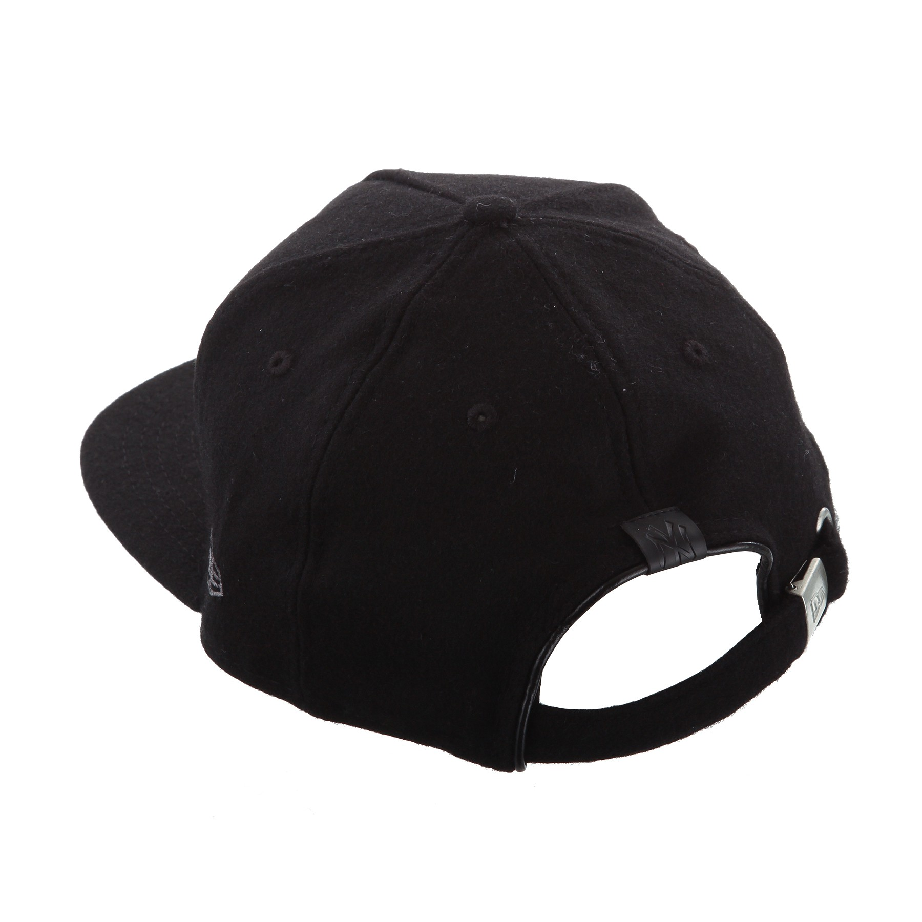 NEW ERA 9Fifty, Snapback Cap, schwarz  Bild https://cdn03.plentymarkets.com/zsy4vjx32p87/item/images/4960/full/80102195-BLACK-ama-02.JPG