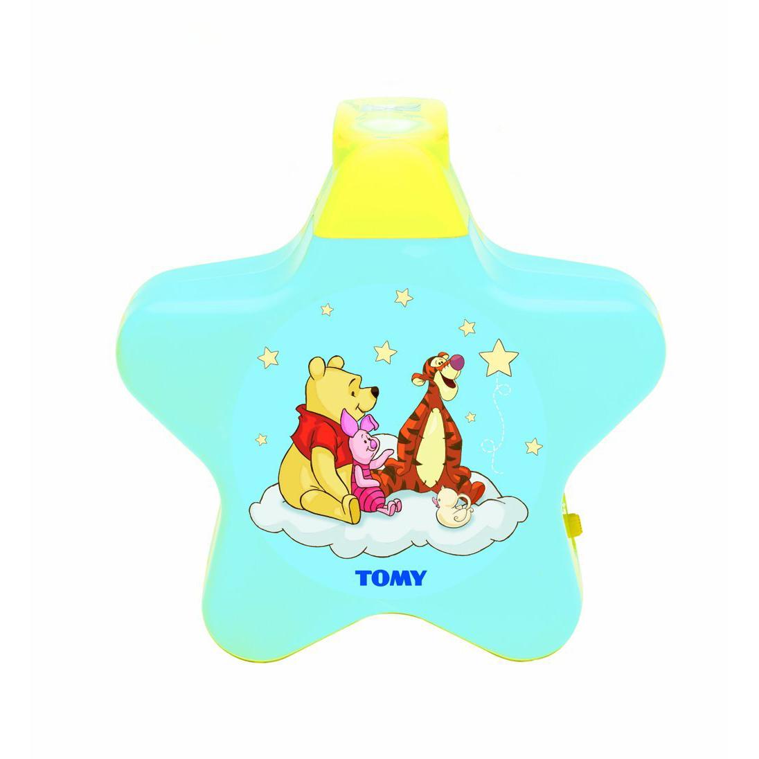 "TOMY 71878 - Winnie Puuh ""Sternenlicht"" Bild https://cdn03.plentymarkets.com/zsy4vjx32p87/item/images/5315/full/TOM71878-ama-01.jpg"